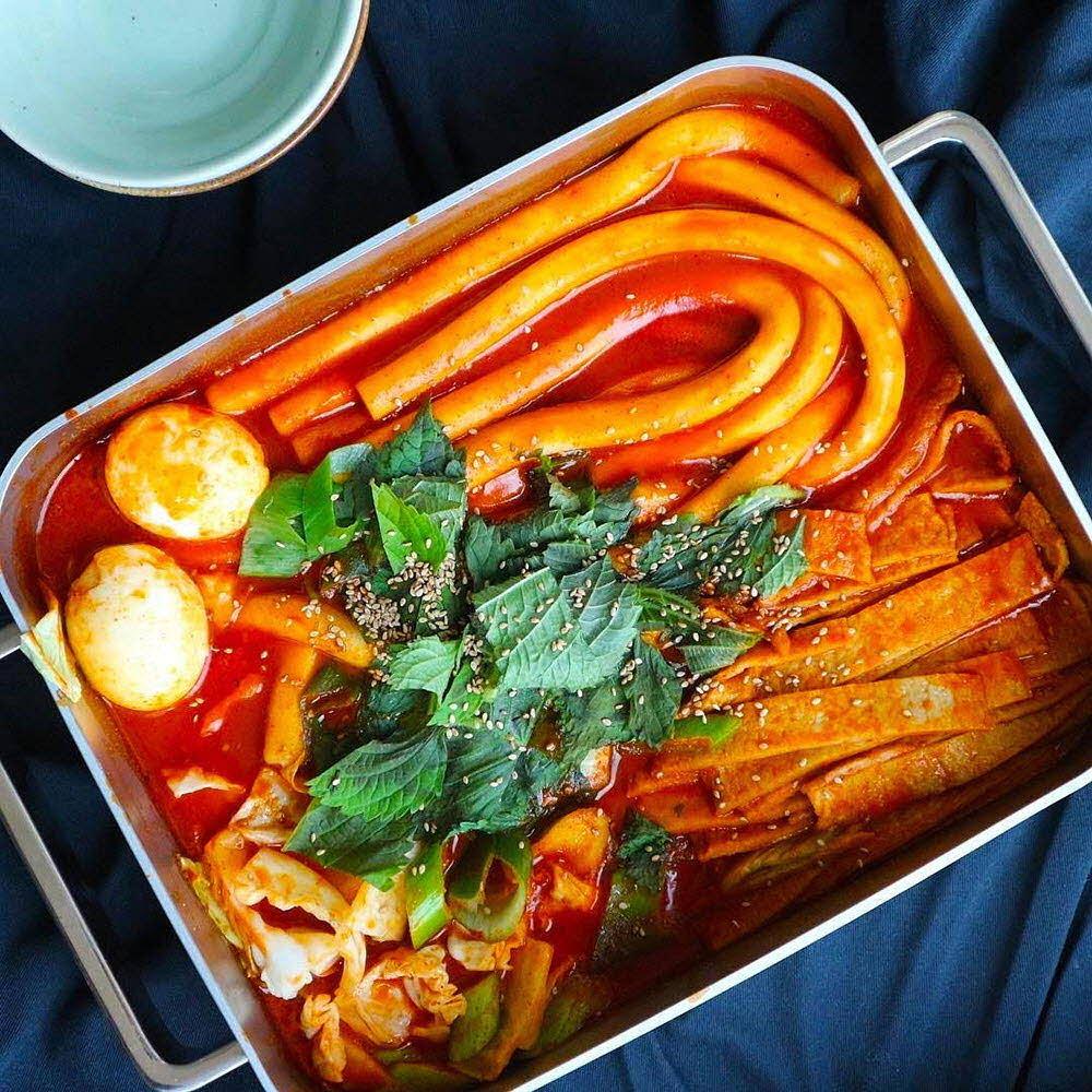 미인떡볶이 40cm롱(롱밀떡300g+부산어묵80g+비법장소스2봉지) / 택1