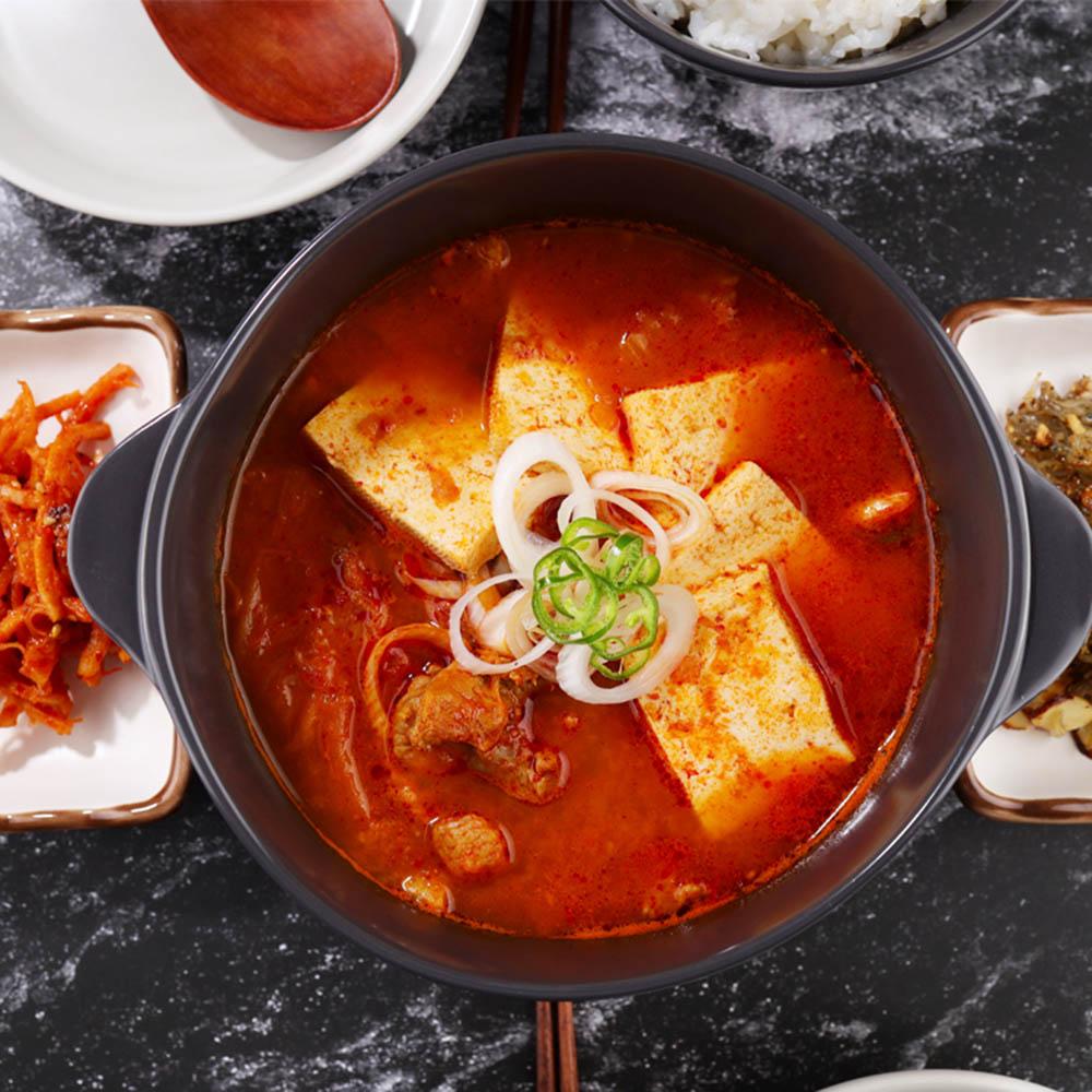 [혼밥식당] 돼지고기 김치찌개 500g (1~2인분)